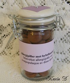 Førstehjelp for ekteskapet Candle Jars, Candles, Gifts, Presents, Candle Mason Jars, Candy, Gifs, Candle, Gift