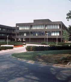 Former German Chancellery (1973-76) in Bonn, Germany, by Planungsgruppe Stieldorf