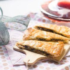 Tartaleta de hojaldre con cebolla caramelizada, champiñones y gorgonzola - Trucos de cocina Thermomix Trucos de cocina Thermomix