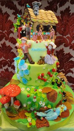 Love this Hansel and Gretel cake!