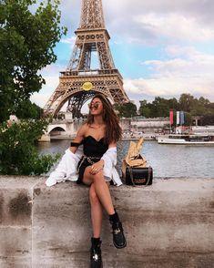 paris travel tip * sehr bald in ein Baguette verwandelt ette - Paris Pictures, Paris Photos, Travel Pictures, Travel Photos, Travel Pose, France Photos, France Photography, Photography Poses, Travel Photography