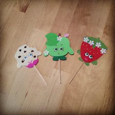 Shopkins cupcake toppers using Cricut craft room - Scrapbook.com