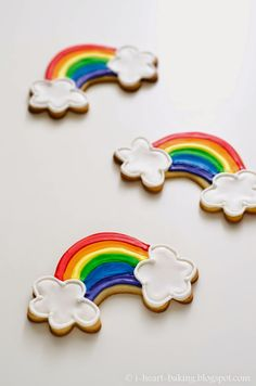 Decorated Rainbow Cookies - St. Patrick's Day. http://www.annclarkcookiecutters.com/product/rainbow-cookie-cutter