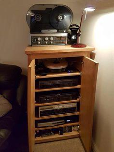 Bespoke AV Oak cabinet with vintage turntable & Reel-to-Reel Hifi