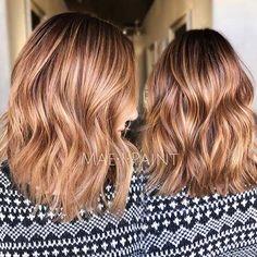 Kurzes Haar ist die beliebteste Frisur für Frauen jeden Alters. Sie sind kühn, schick und mühelos mo