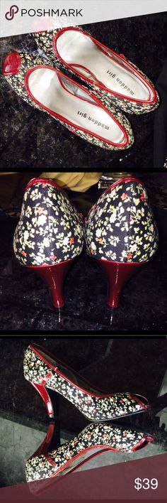 """Super cute cherry cerise color flowers Pumps Sz 8 Super comfy and new sitting in my closet. 2 1/5 """" - outstanding quality! Perfect for spring/fall - Needs a new home! Steve Madden Shoes"""