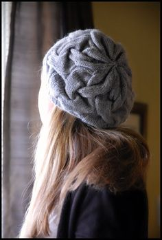 Sixteen Cable hat - pattern unavailable, must reverse-engineer #knitting #hat