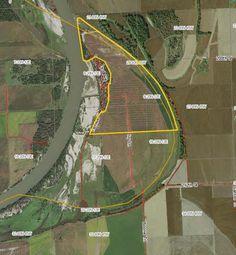 358.96 Acres for sale in Mondamin, Nebraska. roperty has some frontage on the Missouri River.  http://www.landbluebook.com/ViewLandDetails.aspx?txtLandId1=0469e224-639c-4cf3-87b1-958aae4016c2