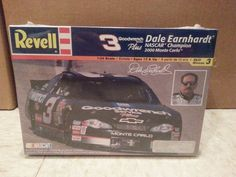 NASCAR Revell Dale Earnhardt 2000 Chevy Monte Carlo 1/24 Scale NEW Fact. Sealed