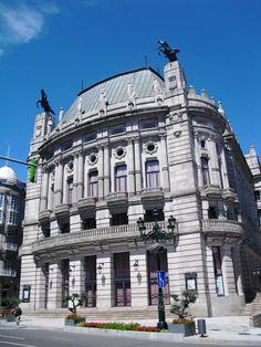 Teatro García Barbón. Vigo. Galicia. España. (Modernista y Neobarroco)