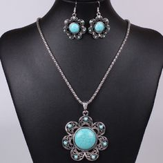 Set of Turquoise Flower Necklace and Earrings Beautiful and new! Jewelry Earrings