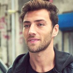 Deniz ( CEYHUN MENGIROGLU ),iubitu lui Cansu. Leyla Tanlar, Ulzzang Kids, Staff Sergeant, Sexy Beard, Turkish Beauty, Celebs, Celebrities, Turkish Actors, Hot Guys