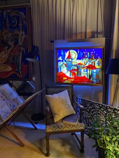 Original staimed-glass artwork by Kirill Postovit and Alejandro Moretti, currently shown at the Katie Feygie Art Gallery #katiefeygieartgallery #katiefeygieart #katiemargolin #stainedglass #prague #kirillpostovit #alejandromoretti #artprague #pragueart #artgalleryprague #oldtownprague #cityscape #paintingofprague #praguepainting #glasspainting #glassart #bohemianglass #tiffany #goldmoon #tynchurch #oldtownsquareprague Old Town Square, Glass Artwork, Prague, Stained Glass, Tiffany, Art Gallery, Painting, Art Museum, Painting Art