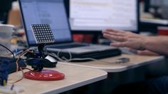 Motion-controlled Servos with Leap Motion & Raspberry Pi