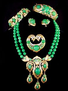 TRIFARI Moghul 'Jewels of India' Simulated Jade Pendant Necklace, Clip Earrings, Brooch, & Two Bracelets Grand Parure