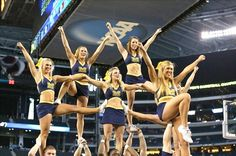 University of Michigan cheer College Cheer, College Basketball, American Sports, American Football, Cheerleading Pictures, Cheer Stunts, Final Four, Team Wear, University Of Michigan