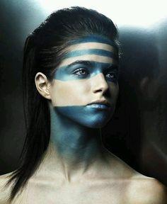 More tribal face paint Krieger Make-up, Warrior Makeup, Tribal Makeup, Tribal Face, Looks Halloween, Make Up Braut, Foto Fashion, Fantasy Makeup, War Paint