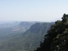 The Mpumalanga lowveld, as seen from God's Window Where The Sun Rises, Visit South Africa, Nature Reserve, Mountain Landscape, Geology, Places To Visit, Window, Southern