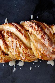 Cinnamon-Apple Twist Bread Recipe