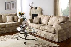 salon classique chic - Recherche Google Recherche Google, Cosy, Interior, Furniture, Home Decor, Classic Living Room, Classic Chic, Decoration Home, Room Decor
