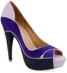 tendências em modelos, saltos e solados [sapatos]  Marca: Esdra  Foto fornecida pela assessoria de imprensa da marca.