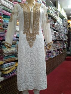 Lucknowi_Chikan_ Designer Neck Georgette Kurti With Phanda_Shadow Jaaldar…