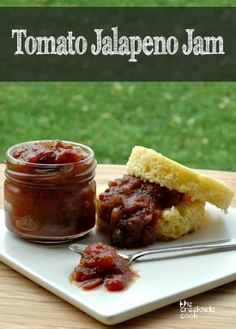 Tomato Jalapeno Jam {USA}My take on a Mark Bittman recipe - a little more kick and SO good! Jelly Recipes, Jam Recipes, Canning Recipes, Pepper Recipes, Recipes Dinner, Veggie Recipes, Free Recipes, Ketchup, Jalapeno Jam