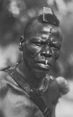 Ba Songye - Songe Hair Combs ~ DR Congo - Zagourski and Bernatzik photographs taken in the early 20th century.