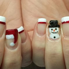 25 Magical Santa Nail Art Designs to Love – Wass Sell - Christmas nails Cute Christmas Nails, Christmas Nail Art Designs, Xmas Nails, Holiday Nails, Halloween Nails, Christmas Ideas, Christmas Snowman, Trendy Nails, Cute Nails