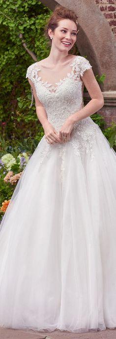 Wedding Dress by Rebecca Ingram - MAE | Less than $1,000 | #rebeccaingram #rebeccabride