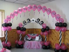 Zebra baby shower balloon decor