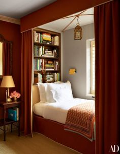 See Inside Nina Flohr's Glamorous Yet Cozy London Townhouse – In a guest room, bed and canopy designed by Veere Grenney Assoc. Flohr picked up the blanket in India. - See Inside Nina Flohr's Glamorous Yet Cozy London Townhouse - In a guest room, . Home Design, Home Interior Design, Interior Ideas, Interior Design Ideas For Small Spaces, Small Room Interior, Diy Design, London Townhouse, Canopy Design, Tiny Bedroom Design
