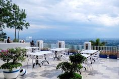[NEW SPOT] Orofi Rooftop Cafe by The Valley at Bukit Dago with Bandung City View