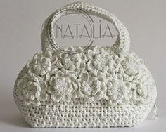 beautiful crochet purse. Love it!!