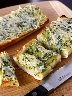 This Basil Butter Garlic Bread would be delicious at an event..hmm..