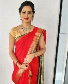 Nose Ring Jewelry, Marathi Bride, Female Pose Reference, Glamorous Makeup, Asian Models, Beauty Girls, Female Poses, Desi, Glamour