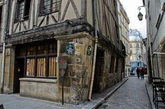 Rue François Miron with two of the oldest houses still standing in Paris - numbers 11 and 13. #medieval #Marais district