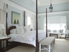 Howard 19 Pale Blue Walls And White Accessories Coverlet 4 Poster