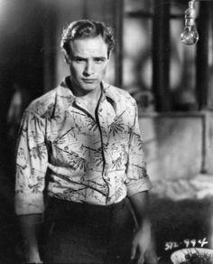 """Marlon Brando, en """"Un Tranvía llamado Deseo"""", 1951"""