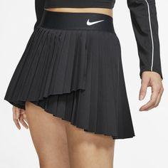 We love this classic black Nike tennis skirt. Womens Tennis Skirts, Tennis Outfits, Tennis Wear, Golf Skirts, Tennis Dress, Tennis Clothes, Golf Outfit, Nike Tennis, Nike Clothes