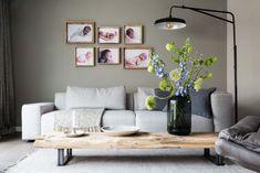 Oriana en René kregen een make-over van de woonkamer met groene muur en grijze bank | Weer verliefd op je huis: seizoen 8, aflevering 6 | Make-over door: Marianne Luning | Fotografie Barbara Kieboom