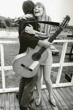 Increibles fotos de famosos nunca vistas [2da Parte] - Friki.net Joni Mitchell, Leonard Cohen, 1967