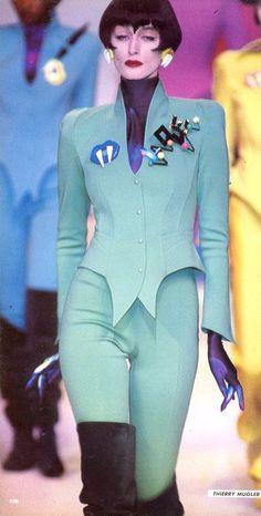 1988-89 -  Thierry Mugler show Repinned by www.fashion.net
