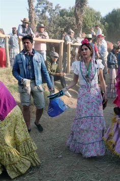 Fran Rivera y Lourdes Montes Lara Alvarez, Gypsy Caravan, Lily Pulitzer, Dresses, Fashion, Charlotte Casiraghi, Vestidos, Moda, Gypsy Wagon