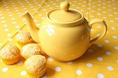 teapot and muffins