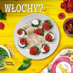 Zielone, aromatyczne pesto bazyliowe doskonale komponować się będzie z wafelkami z dodatkiem ostropestu! Dodaj do niego smakowitej mozzarelli i suszone pomidory  - w ten sposób w środku zimy przywołasz nieco włoskiej, letniej atmosfery! #sunnycorn #ostropest #zdrowa #przekąska #wafle #dietetyczne #przepis #recipe #wafers #taste #snack #healthy