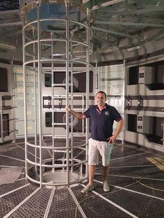 """Cégünk készítette a Nat Geo Wild-en bemutatott """"Mars utazás a vörös bolygóra"""" című film rozsdamentes acélból készült díszlet elemeit."""