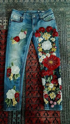 flower embroidery fade denim pants