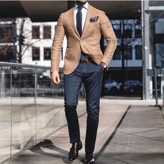 Beautiful suit for men casual o Mens Fashion Blazer, Suit Fashion, Style Fashion, Terno Slim Fit, Classy Outfit, Moda Formal, Most Stylish Men, Stylish Suit, Mode Costume
