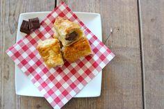 We hebben weer een Lekker en Simpel kookfilmpje voor jullie! En deze keer maken we chocoladebroodjes, jummie! Chocoladebroodjes laten ons heel erg terugdenken aan onze vakantie in Zuid-Frankrijk waar we 's ochtends vaak een pain au chocolat haalden. We hebben natuurlijk weer de simpele variant gemaakt waarbij we diepvries bladerdeeg gebruiken. Dit recept is ideaal …